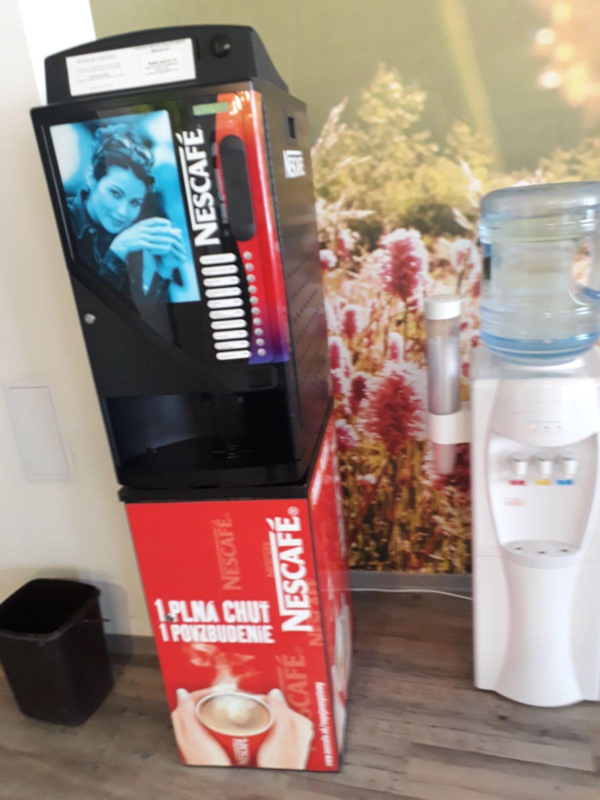 Automaty na teplé nápoje