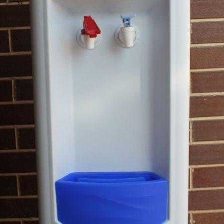 Dávkovač teplej a studenej vody - 250€ bez DPH